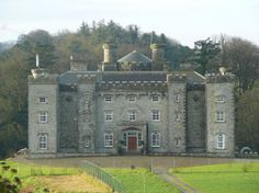 Slane Castle, set in the middle of a 1,500 acre estate in the heart of the Boyne Valley, lies only twenty-five minutes from Dublin Airport