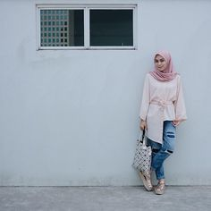 throwback photo.  wearing top by @jennaandkaia