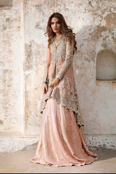 Latest Designer Bridal Dresses - Peachy Pink Back Trail Shirt - Sharara Pakistani Party Wear, Pakistani Couture, Pakistani Bridal Dresses, Pakistani Outfits, Indian Dresses, Pakistani Engagement Dresses, Bridal Lehenga, Bridal Anarkali Suits, Latest Pakistani Fashion