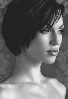 Short-Haircfuts-for-Straight-Hair-5.jpg 450×652 pixels