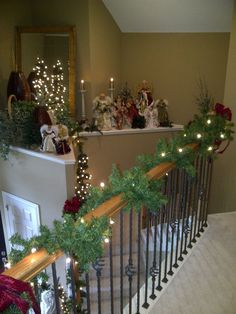 Christmas decor  Will def decorate that ledge over the front door this year!