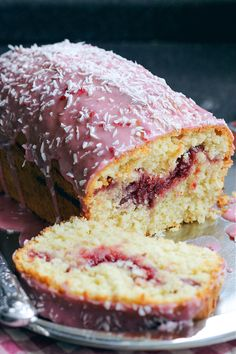 coconut and raspberry cake