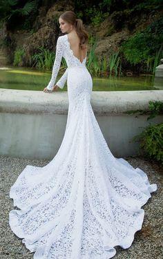 Berta Wedding Dress || She looks so regal