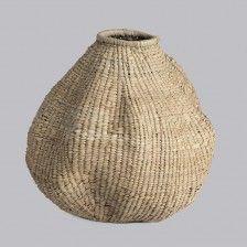 Gorgeous organic gourd from Design Afrika Africa Craft, Miscellaneous Goods, Big Basket, Basket Weaving, Woven Baskets, Taking Shape, Interior Garden, Gourd Art, African Design
