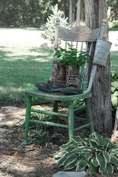 Garden Chair and Boot Planters http://www.jillruth.com/2011/08/paulas-garden-year-3.html #garden #decor #planter #chair #ideas #outdoor #spaces