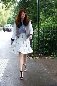 Street style semana de moda en Londres primavera verano 2014 Moda en la calle. Taylor Tomasi Hill