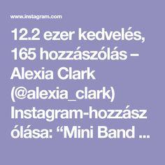 """12.2 ezer kedvelés, 165 hozzászólás – Alexia Clark (@alexia_clark) Instagram-hozzászólása: """"Mini Band Circuit 40seconds on 20seconds rest 3-4 rounds Everything will be on fire 🔥…"""""""