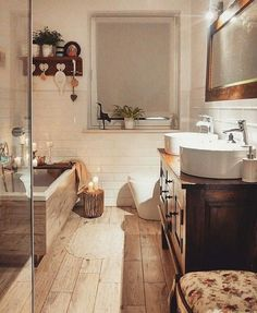Rustic Bathroom: 55 Ideas and Decorating Designs to Inspire - Home Fashion Trend Cosy Bathroom, Bathroom Renos, Bathroom Interior, Diy Interior, Bathroom Renovations, Bathroom Ideas, Dream Bathrooms, Cozy House, Home Accessories