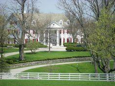 Calumet Farmhouse at Lexington KY