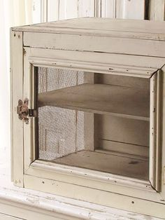 brocant vliegenkastje / Brocant small french cabinet