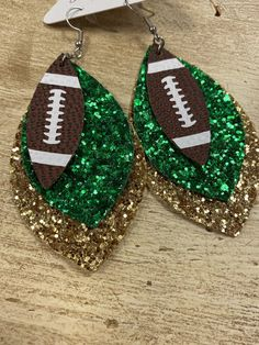 Football Jewelry, Football Crafts, Leather Crafts, Leather Projects, School Spirit Crafts, Disney Earrings, Cricut Explore Projects, Dog Bows, Leather Earrings