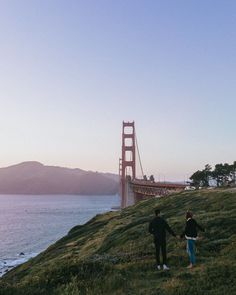 San Francisco, California. What to do in San Francisco. The Best Photo Spots in San Francisco. Best Places to Take Pictures in San Francisco. San Francisco Beach, San Francisco Travel Guide, Kirby Cove, California Travel Guide, Place To Shoot, United States Travel, Best Cities, Cool Photos, Pretty Pictures