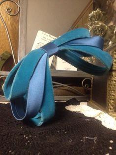 Vintage pin up hair ribbon bow