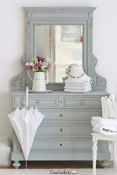 Beautiful chest with mirror can be used with cottage or brocante...I love the gray color