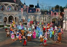 #Disneyland Paris. Characters in front of the Sleeping Beauty Castle, Fantasyland side. Mickey, Minnie, Donald, Goofy, Cinderella, Stitch and others #DLP #DLRP #Disney 'Le Château de la Belle au Bois Dormant'