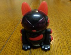 McDonald's Sega Meow Chi cat Happy Meals toy black red 2000 vintage cm1479