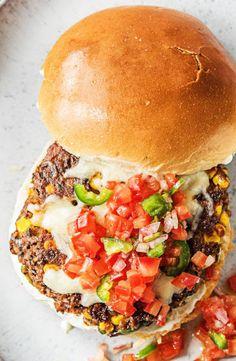Easy and healthy black bean veggie burger | More wholesome vegetarian recipes on hellofresh.com