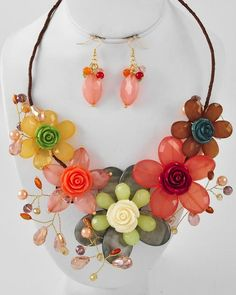 Gold Tone / Multi Color Acrylic & Glass Crystal / Grey Shell & Brown Wrapped Cord / Lead Compliant / Graduating Flower Necklace & Fish Hook Earring Set
