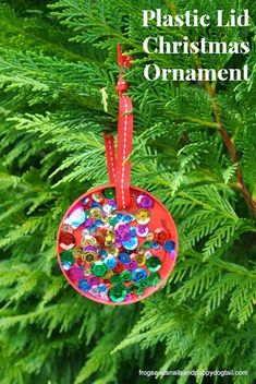 Plastic Lid Christmas Ornament: perfect for kids to make by FSPDT DIY ornament, kid made ornament , 20 days of kid made ornaments