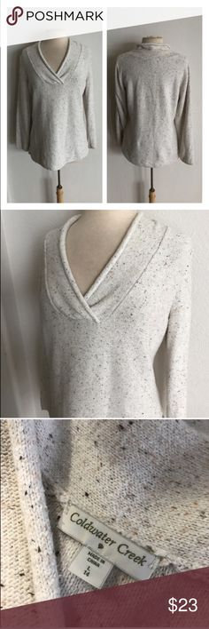 """Coldwater Creek sweater Coldwater Creek sweater. Size L/ 14. Measures 28"""" long with a 40"""" bust. 70% cotton/ 30% nylon. Super stretchy! Very good used condition- extremely minor pilling.  🚫NO TRADES🚫 💲Reasonable offers accepted💲 💰Ask about bundle discounts💰 Coldwater Creek Sweaters V-Necks"""