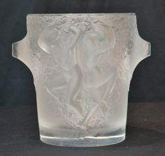 "LALIQUE ""GANYMEDE"" CHAMPAGNE BUCKET WITH DANCING : Lot 106"