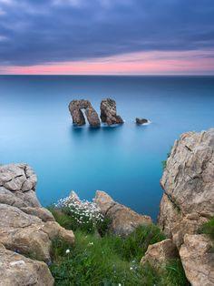 the sea gate by Alberto García on 500px