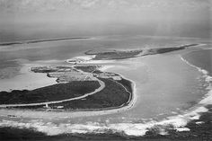 07 Oct 43: The Japanese execute 96 American POWs on Wake Island who had been kept there as forced laborers since the island was taken on 23 Dec 41. #WWII