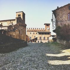 @Eugi Angelini Lovely CastellArquato | InstaTER #myER_dolcevita @ Castell'Arquato