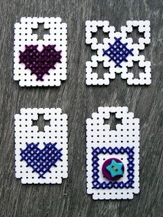 Knipkunst - Embroidery on Hama perler (Laura from Lovungleiden blog)