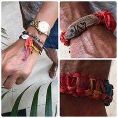 """Andy ha elegido la #Palmita #AboriginalTalisman más colorida del verano con una maravilla de madera de """" #RobinsonCrusoe """" con su nombre en #CanariumAbecedarium y Abri se ha puesto todos los colores de la #Palmita de Andy en su #Palmita de seda marrón con concha de la playa. Les ha quedado muy """"acorde"""" preciosos también los collares a juego y todos los regalos que llevan. Así da gusto #beachtreasures #beachwood #shellbeach #seajewelry #oceanjewelry #beachjewelry #beachboutique #inimitable…"""