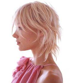 15 cortes de pelo de capas cortas lindas   #capas #cortas #cortes #lindas