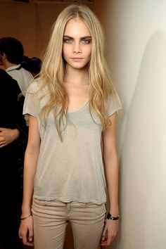 Cara Delevingne backstage at Burberry Fall 2012 RTW