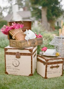 62 ideas for vintage love photography romances ana rosa Vintage Trunks, Vintage Suitcases, Vintage Luggage, Ideas Vintage, Vintage Love, Vintage Decor, Marie W, Wedding Reception, Our Wedding