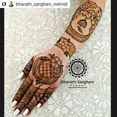 #Repost @bharathi_sanghani_mehndi (@get_repost) Sharing my design from the recent #InstaLive . 5 #Repost @bharathi_sanghani_mehndi (@get_repost) Sharing my design from the recent #InstaLive . 5 years ago I met the lovely Rachna Rachana @rach4na when I did her #BridalHenna. Since then we have caught up a couple of times for henna & I love trying out designs on her. Rachna absolutely & totally adores henna and (not-to-mention) South Indian food! . I am loving florals these days they seem to br