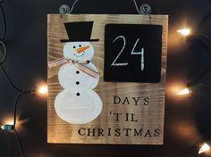 DAYS TILL CHRISTMAS, Christmas countdown, Christmas decor, Chalkboard snowman, Merry Christmas, Advent calendar, Trending items,  Blackboard