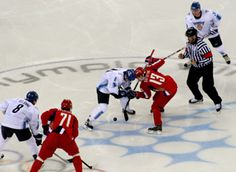 Le hockey sur glace le jeu d'équipe de choc - http://www.thelatinroots.com/le-hockey-sur-glace-le-jeu-dequipe-de-choc/  Hockey sur glace un sport de grand froid Nous allons voir aujourd'hui un sport qui enflamme de nombreux pays, moins coté chez nous, mais tout de même, il commence peu à peu à se faire une place, c'est le Hockey sur glace. Le hockey est un sport d'équipe qui se joue comme on s&#...