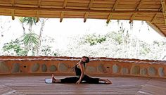 Bahia yoga class by Bodhi Surf School, via Flickr