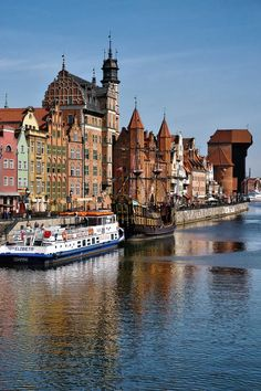 ~ Mottawa River and Medieval Port Crane, Gdansk , Polonia. Places Around The World, Oh The Places You'll Go, Travel Around The World, Places To Travel, Places To Visit, Around The Worlds, Bósnia E Herzegovina, Gdansk Poland, Warsaw Poland