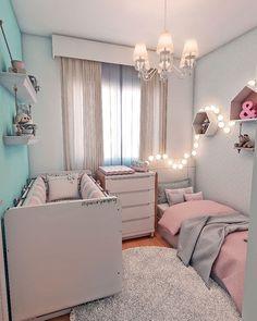 Um dos meus projetos favoritos de quartinho infantil: mix de azul e rosa bebê pra duas irmãs dividirem esse espaço fofo! #3D #projeto #quarto #bedroom #infantil #cute #aconchego #stylish #arquiteturaresidencial #housearchitecture #interiorarchitecture #arquiteturadeinteriores #detalhes #decor #interiordesign #designdeinteriores #architecture #archlovers #arquitetura #instagood #paolacuryarquiteta #archdaily #instacool #colors #clean #contemporary #interiores #cool
