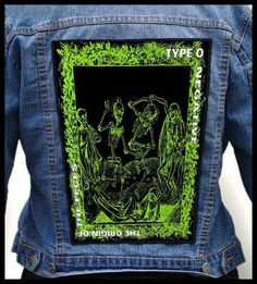 High Quality Backpatch   Description: Condition: New The shape and dimensions compatible with the original patches in the U.S. Size: 36cm (height) ; 32 x 26cm (width) 14.2 inches (height); 12.6 x 10.2 inches (width) Edges bordered Excellent quality of print on the material (offset style)  Washing proof guaranteed!  If you didn't find the backpatch youre interested in, we can make for You any backpatch You want.  We invite to cooperate stores, bands, distros, fanclubs and all music fans…