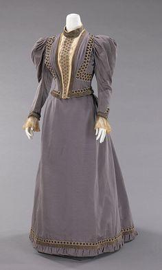 A. B. Coady. Wedding dress, 1893. Silk, metal. Brooklyn Museum Costume Collection at The Metropolitan Museum of Art, Gift of the Brooklyn Museum, 2009; Gift of Mrs. James Pensa, 1967 (2009.300.910a, b)