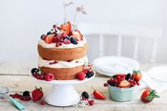 Save Your Frosting With A Naked Cake