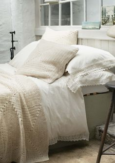WASHED LACE BEDLINEN | TOAST