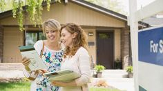 What is a listing agent? It's a pro who can help you sell your home for top dollar. Here's what a listing agent does, and how to find the right one for you.