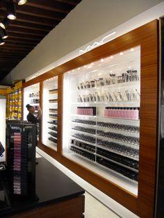 The new MAC cosmetics shop-in-shop! Cosmetic Display, Cosmetic Shop, Cosmetic Design, Pharmacy Design, Retail Design, Shop Interior Design, Store Design, Tienda Mac, Mac Cosmetics