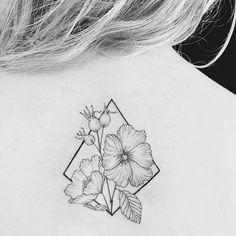 Mother-Rose #tattoo #instatattoo #hagebutte #шиповник #rosehip #linework #sketch #sketchwork #unique #flowers #geometry #blxckink #blackwork #finework #filigran #graphite #cologne #köln #eigelstein #weidengasse #zimmerdrei #zimmer3 #inamar #art #3tillidie