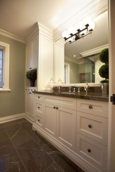 Would be gorgeous in the Jack and Jill bathroom upstairs! Small Master Bath, Master Bathroom, Relaxing Bathroom, New Bathroom Ideas, Jack And Jill Bathroom, Shaker Style, Bathroom Styling, Transitional Style, My Dream Home