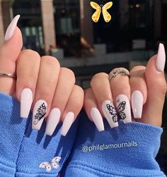 #diy inredning #holiday nail #diy bag #outdoor decor #diy knutselen #winter decor #livingroom decor #garden patio<br> Best Acrylic Nails, Acrylic Nail Art, Summer Acrylic Nails Designs, Baby Pink Nails Acrylic, Acrylic Nail Designs Coffin, Gorgeous Nails, Pretty Nails, Butterfly Nail Art, Butterfly Crafts