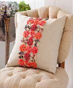 sewing cushions Yo Yo Band Pillow - Make it Coats - Sewing Pillows, Diy Pillows, How To Make Pillows, Sewing Box, Love Sewing, Sewing Crafts, Sewing Projects, Yo Yo Quilt, Quilted Pillow