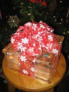 Illuminated Glass Block Christmas Present - Holiday - Decorating Ideas - HGTV Share My Craft